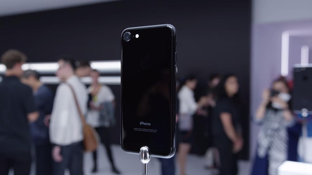 「iPhone7に変えた!」発売当日の歓喜、新機能、欠点、悲報…など様々な意見まとめ
