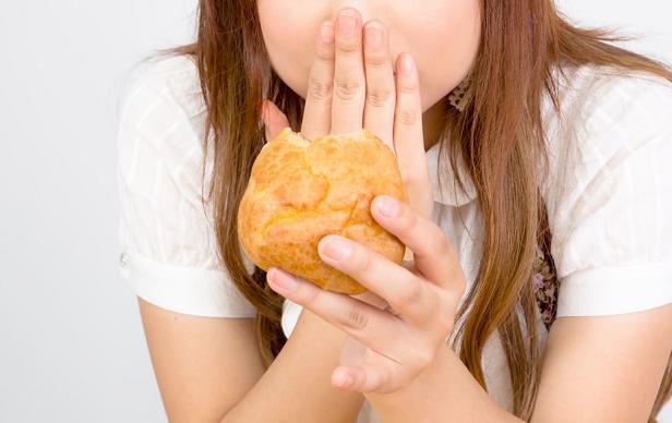 【悲報】関根麻里の激太り、理由はストレス?日韓問題?正月太り?二人目の妊娠か…