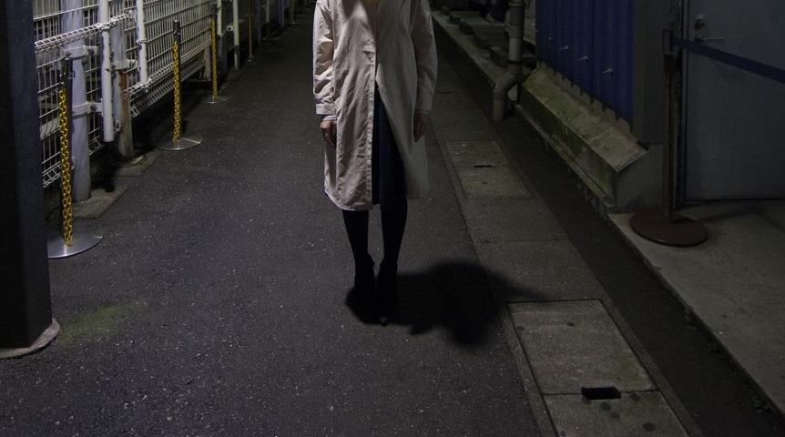 池袋駅【1a出口の男】がヤバい!股間を出して待ち伏せるストーカー男は誰?名前や顔を調査