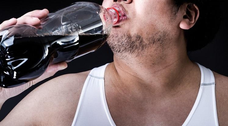 綾瀬はるか♡満島真之介のアツアツ『コカ・コーラ』CMにそろそろ限界…「うざい、テロかよ!」