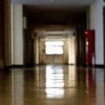一宮市浅井中学校3年の男子自殺「担任のいじめなかった」説明一転で「顔を出して謝れ」