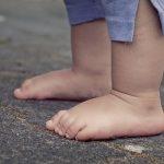 【虐待】5歳長男をフライパンやのこぎりで傷付けた尾本綾乃容疑者、しれっとした顔で「ないな」