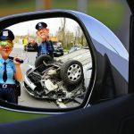 「俺DQN!」車ボンネット走行男が話題…顔が映ったツイッター動画拡散中、名前もバレて終了か