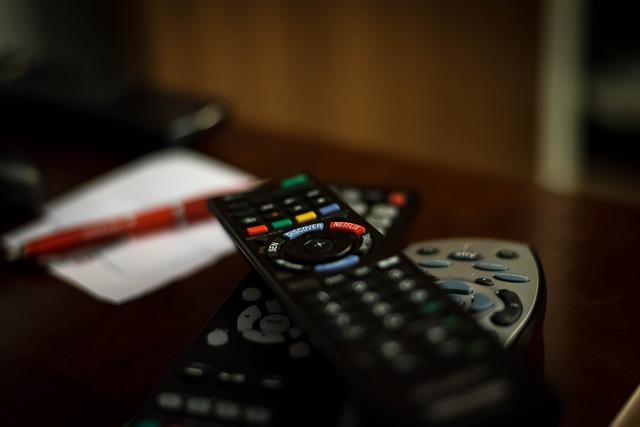 フジ27時間テレビの惨敗は村上信五のMC起用が原因か「天狗?タメ語だし態度デカイ」