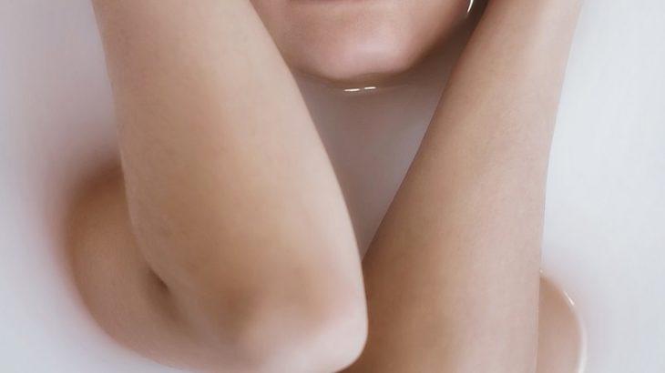 """「顔と体みりゃわかるだろw」62歳の男、かつら被って""""女装""""からの~女風呂侵入で逮捕<三重・亀山市>"""